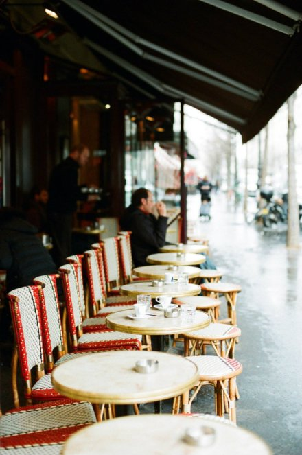 cafe-paris